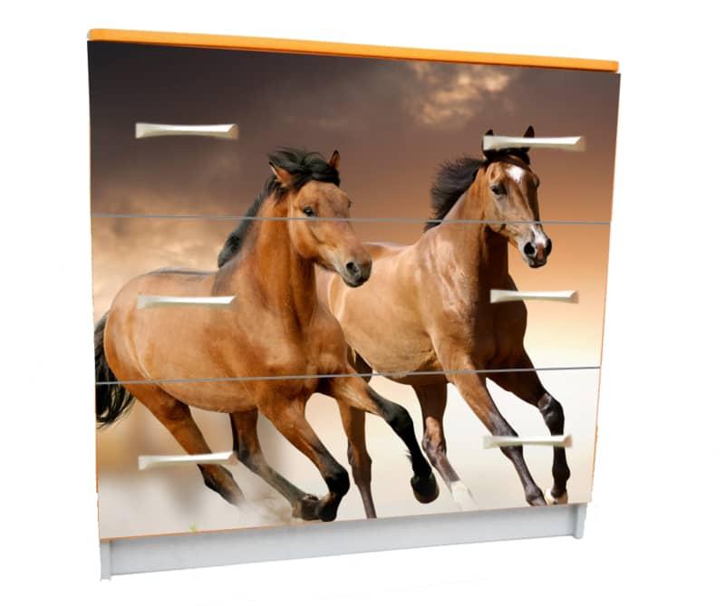 комод с 3 ящиками лошадки