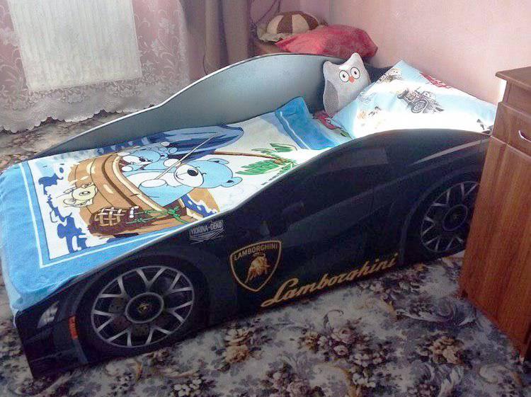 черная кровать в виде машины отзыв