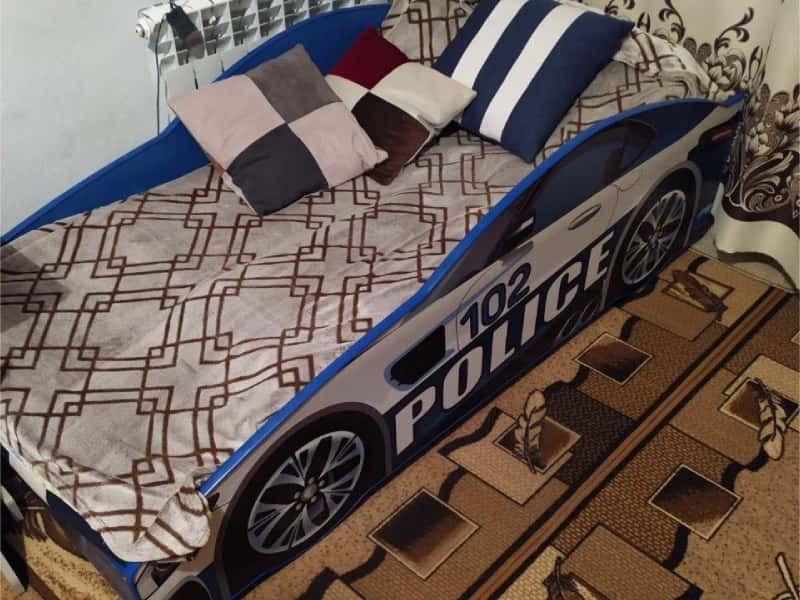 кровать машина полиция синяя
