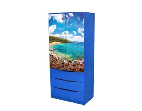 синий шкаф море