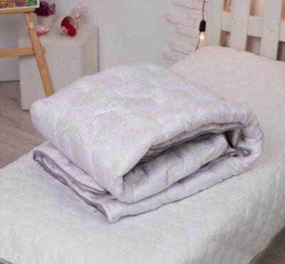 Одеяло демисезонное