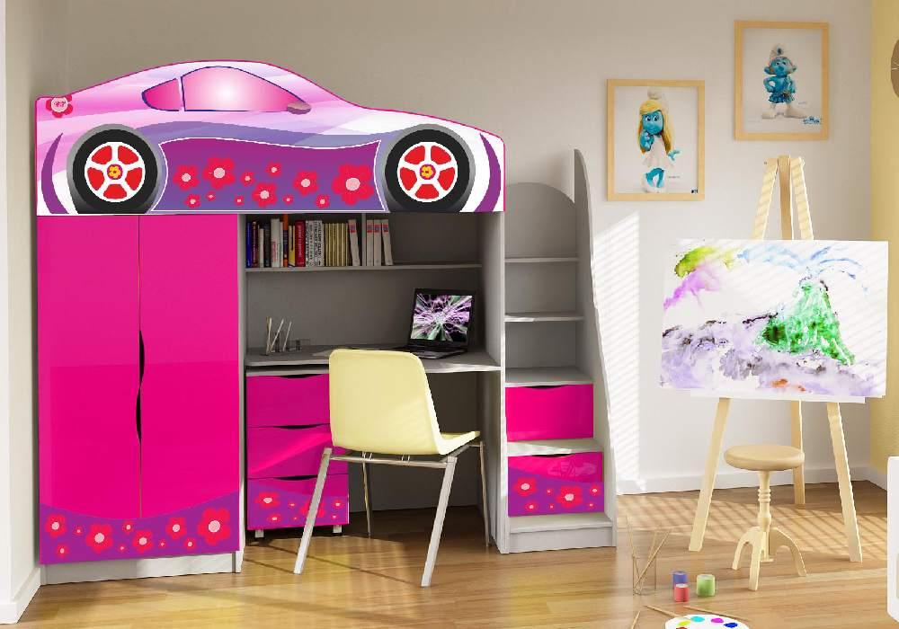 ліжко кімната зі столом для дівчинки