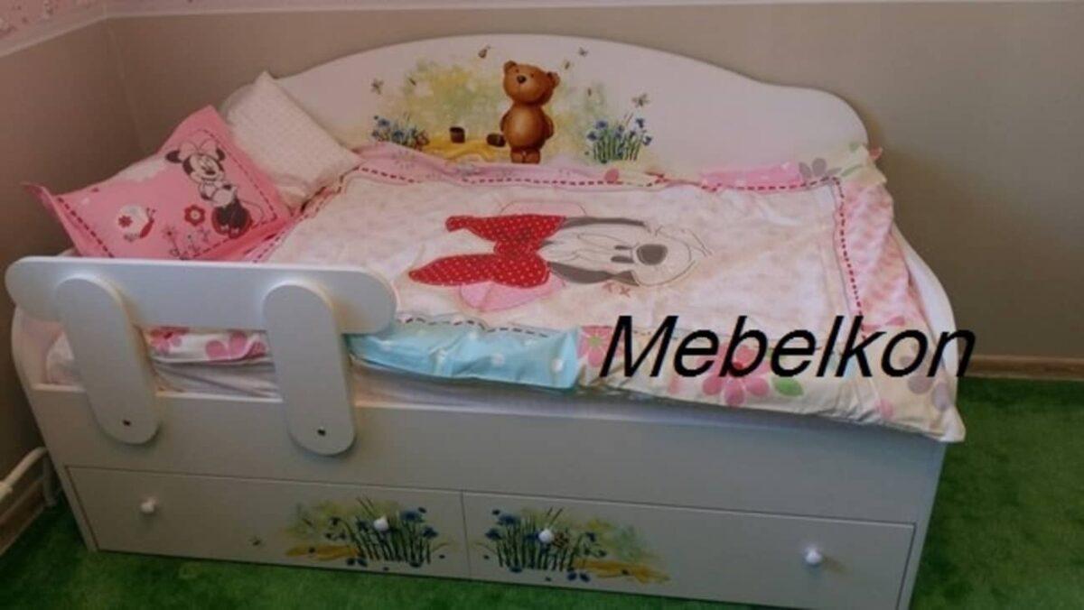 ванильная кровать с мишкой