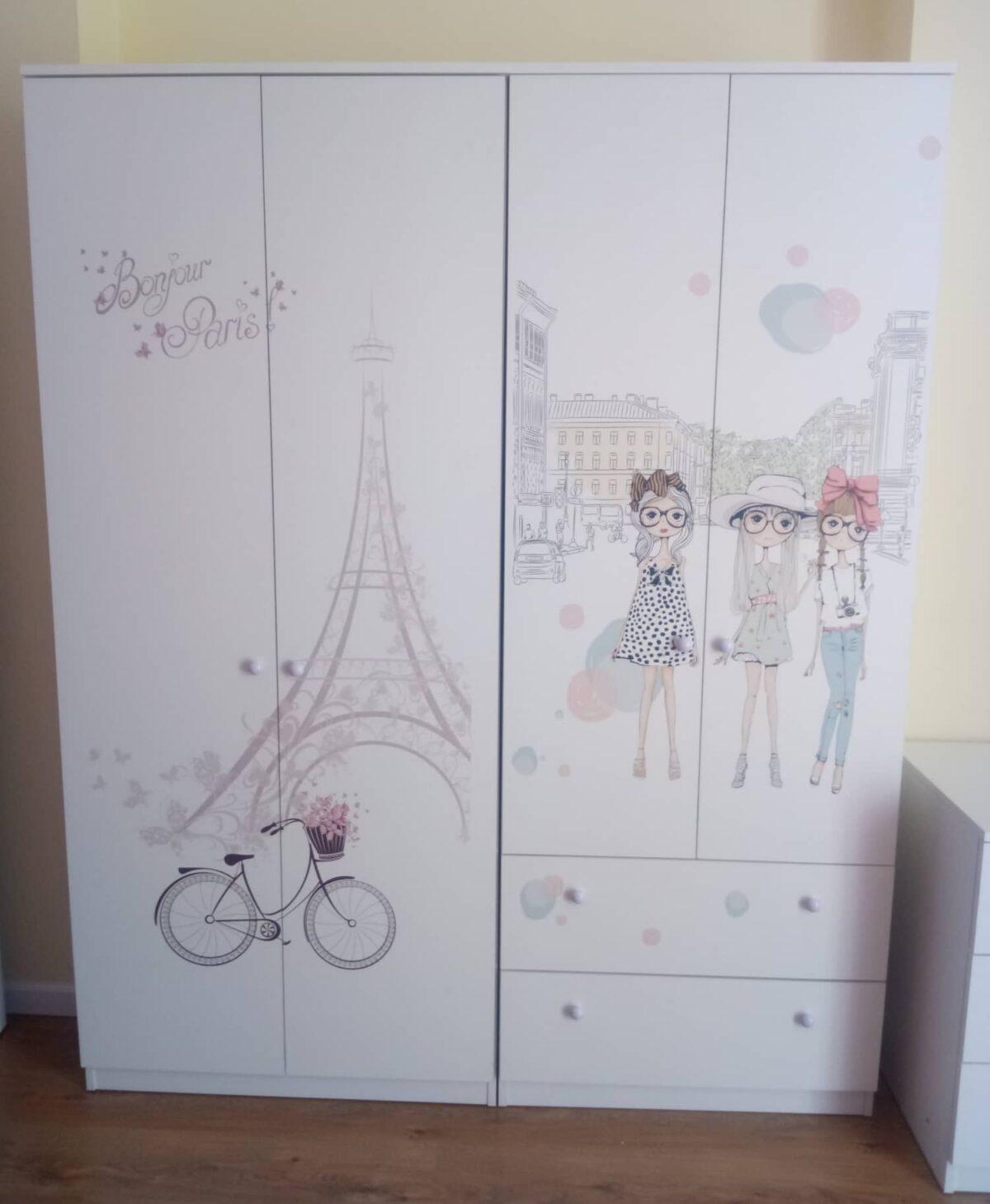 шкафы в детской комнате