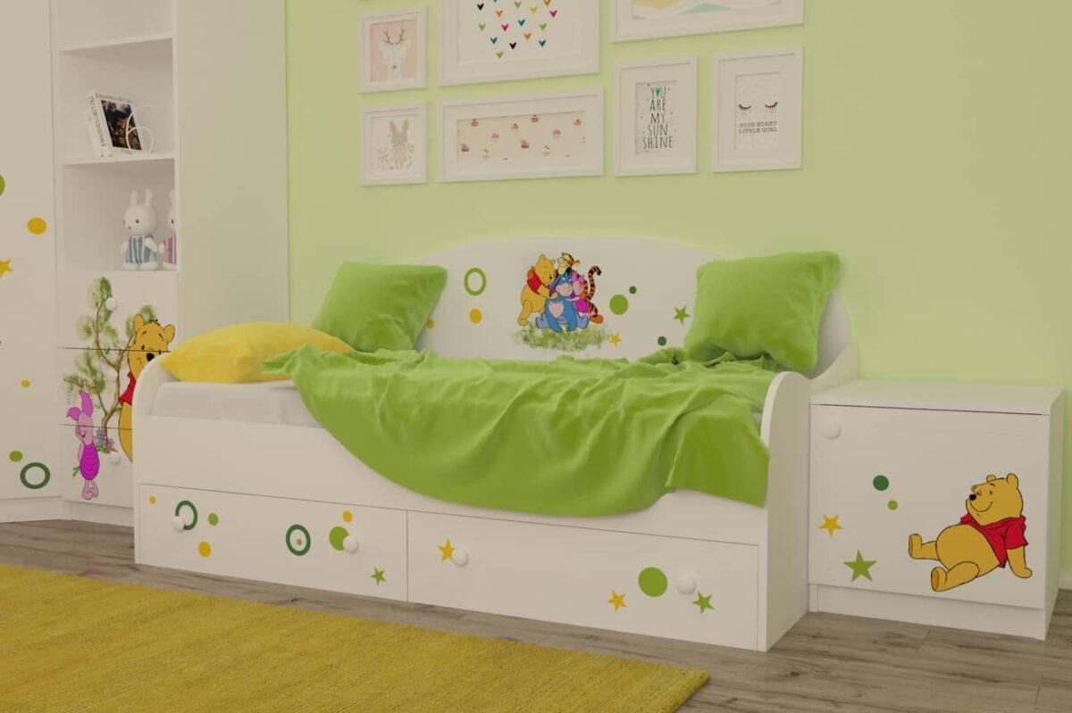 детская кровать винни в комнате