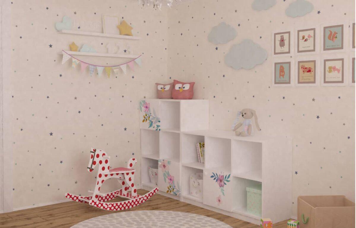 этажерка в детской комнате цветы