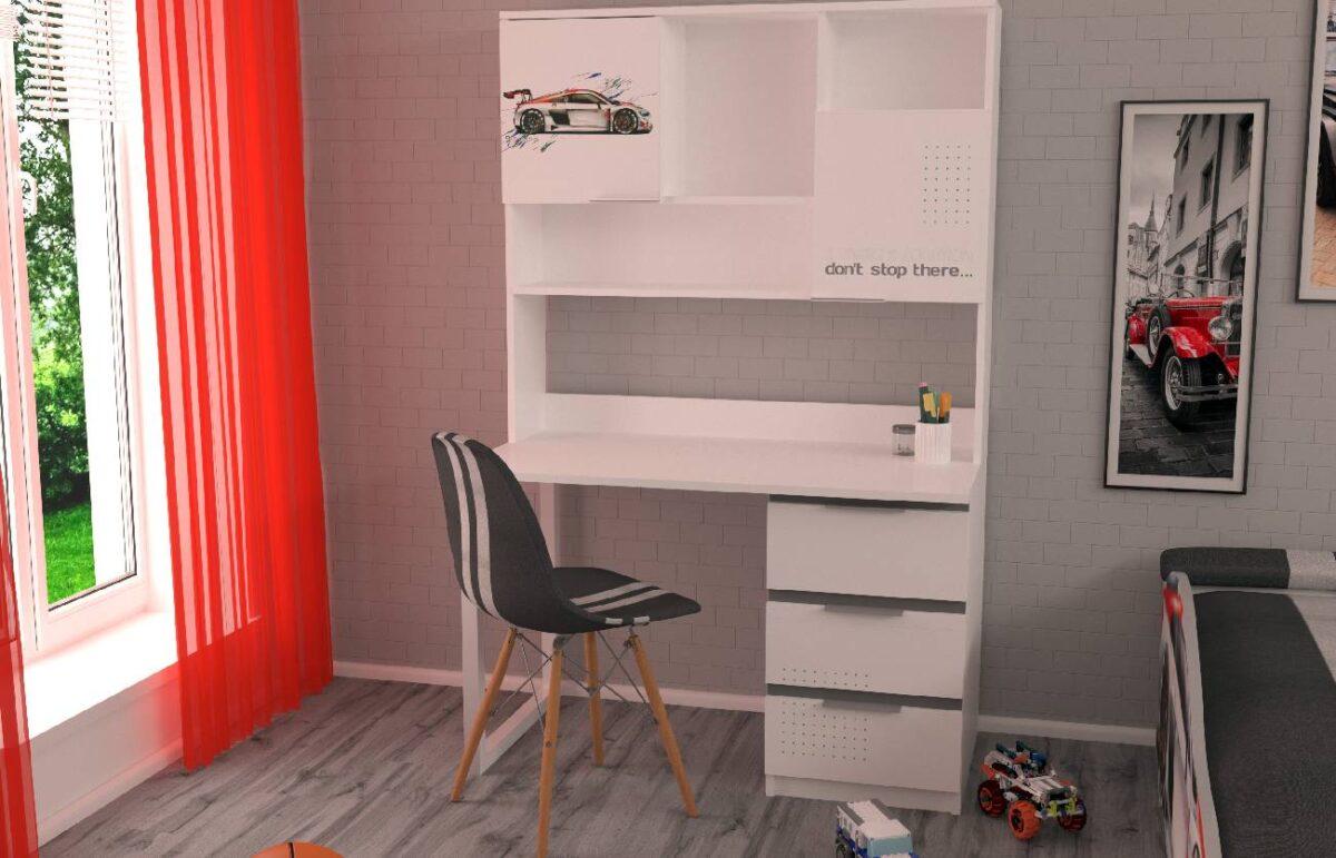 стол с надстройкой в комнате