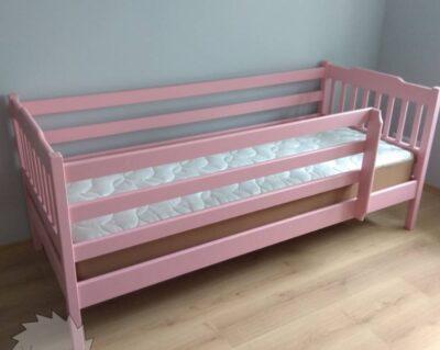 дитяче рожеве ліжко