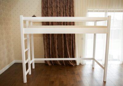 кровать чердак белый
