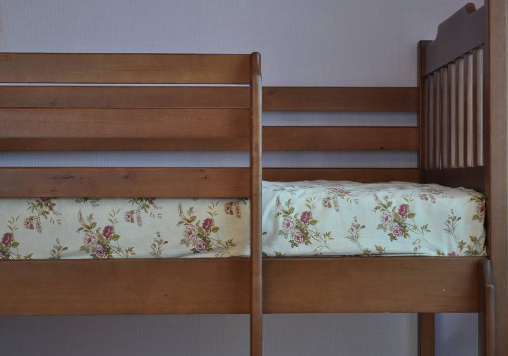 двухъярусная детская кровать ева лестница