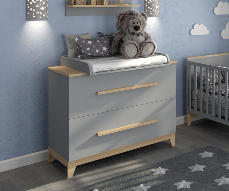 пеленальный серый комод детский в комнате