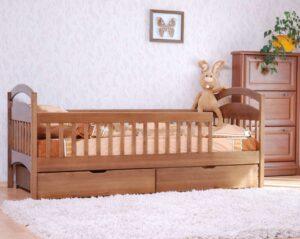 детская кровать арина с защитными бортиками