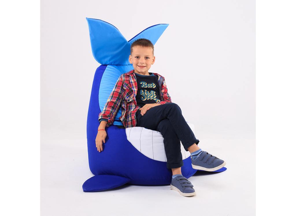 кресло мешок кит с мальчиком