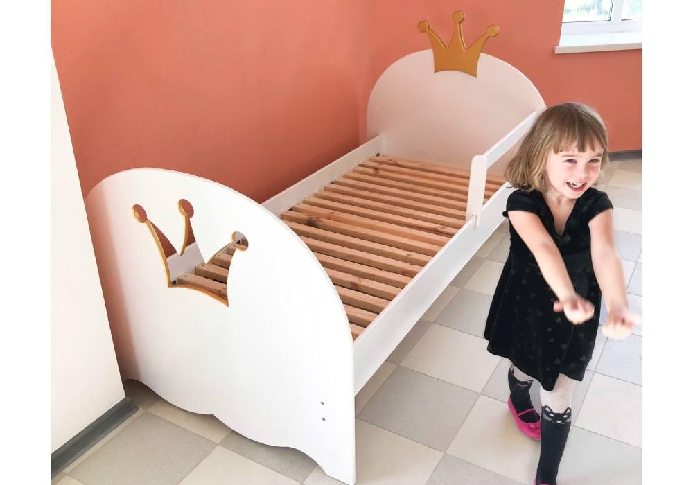 кровать принцессы корона