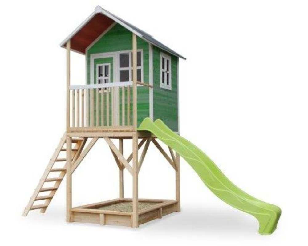 деревянный домик с горкой пластиковой