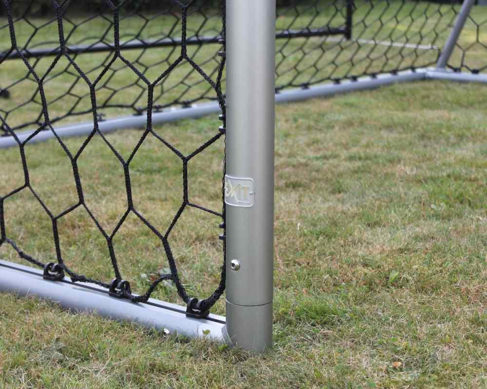 крепежи сетки футбольных ворот скала