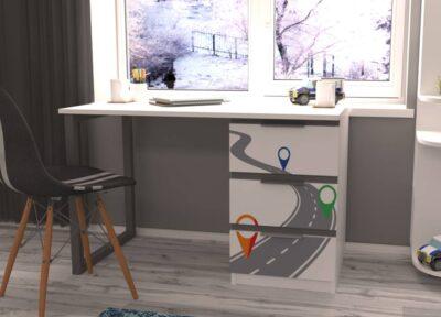 письменный стол ауди турбо с металлическими ножками